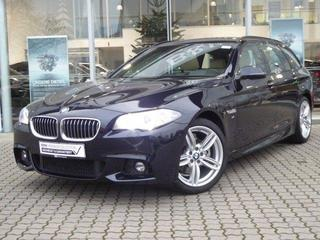BMW 5-SERIE Touring 520d High Executive M Sport