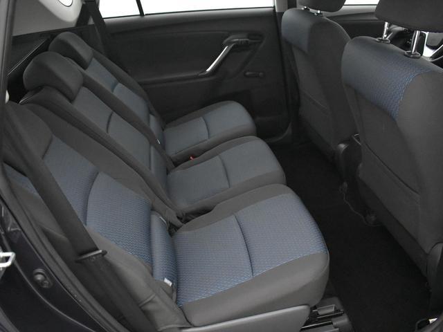 Toyota VERSO 1.6 VVT-i Comfort * 38.469 km * / AIRCO / AUDIO AF FABR. / EL. PAKKET / * APK 11-2021 * *2e Paasdag geopend van 12:00 tot 17:00*