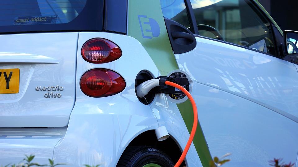 Coronalijktvraagnaarelektrischeauto'stestimuleren